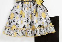 Платье с отделкой