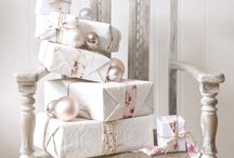 *Gift - It's a Wrap!! / by Linda H.