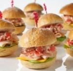 Sandwiches-Bruschetta-Wrap Recipes / by Tatiana Cerdas