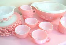 My Pink Dream Kitchen / If I lived alone, I would have a completely pink, retro kitchen! / by Lisa Thomas