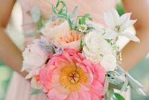 Wedding Flowers / by Maggie Cu