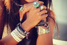 accessories and thangss / by Kate Gibson