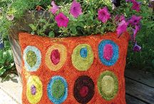 Rug Hooking by WoolyLady / Patterns and kits for wool rug hooking by WoolyLady