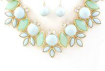 Fashion/Jewelry / by Amanda Ludwig