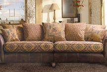 Vintage Lexington - Contemporary Leather Furniture / Take a closer look at our Vintage Lexington contemporary leather furniture. More colour options are available, please view the website for more details - http://www.thomaslloyd.com/range/vintage-lexington/