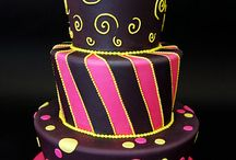 Cakes&Cupcakes / by Melissa Crawford