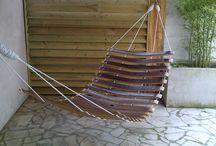 hamac en bois ( merrain de chêne) / hamac réalisé en douelle ( merrain) de tonneaux de vins, toute notre collection sur: douelledereve.com