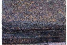 MICHAEL FREUDENBERG . nicht ewig blüht der Raps / Die Ausstellung vom 21.11.14 - 10.01.15 zeigt 16 Werke des Dresdner Künstlers. Vorrangig aktuelle, aber auch einige Arbeiten aus den 90er Jahren. Der starkfarbige pastose, teils krustige Farbauftrag trägt immer Landschaftsassoziationen in sich und überzeugt durch eine ausgefeilte Rakeltechnik.