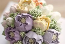 Buttercream Flowers / Buttercream Flower Cakes