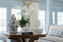 Bleu & white