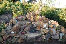 Little Altars Everywhere / by Holley Rauen