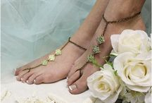 Barefoot Sandals, Foot Jewelry for Weddings, / Elegant and  beautiful barefoot Sandals for your dream wedding, a gorgeous collection of elegant bridal foot jewelry.  Large selection of styles and prices for every bride and wedding budget. In stock for quick USA shipping.