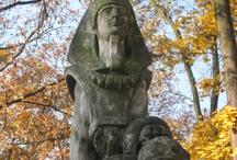 Sfinks na nagrobku Teodora Talowskiego