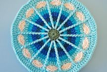 M A N D A L A / bring a nice texture on your crochet project :)