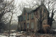 Old Houses / by Jenni Nikole
