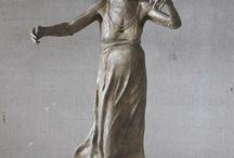 Lotta Blokker / Bronzen beelden