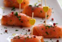 involtini di salmone caprino rucola e citronet all'erba cipollina e pepe rosa