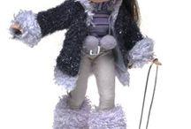 Doll Play - Dolls Bratz / by A Dolls Life
