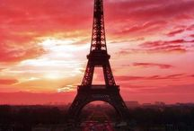 Eiffel Tower / Paris has the best sunset ever