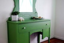 color / by Michelle Hughes {Vintage Junky}