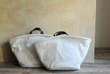 Bags and Belts / by Paula Freriks de Korte