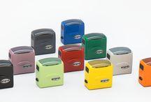Pieczątki Wagraf  / Wagraf to znany  producent pieczatek automatycznych plastikowych i metalowych.  Produkty  Wagraf charakteryzuje  zawsze wysoka jakość, niezawodność i najlepszy stosunek ceny do jakości. Wagraf to doskonałe automaty  i datowniki. Pełną ofertę znajdą Państwo na stronie: http://www.maxsc.com.pl/pieczatki-2/automaty-samo-tuszujace/wagraf/