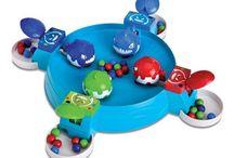 Juegos de mesa / Aquí encontrarás todos los juegos de mesa infantiles para disfrutar en familia. Los juegos de mesa más creativos y divertidos para tus peques. ¿Quién ganará?