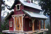 Folk Art & Primitive Birdhouses