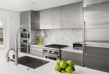 A Modern Gold Coast Townhome / A Modern Townhome Renovation in Chicago's Gold Coast.