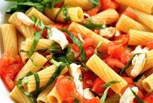 Healthy Recipes / by Angelia Pena