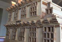 Kapla bouwwerken met 600 plankjes