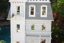 Peyton Dollhouse