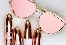 Rose gold things