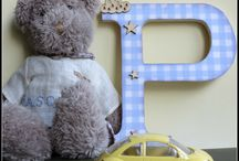 DIY Scrapbook / Wood letter made with scrapbook paper. Easy and cute :)