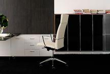Oficina / Descubre cómo David Moreno puede hacer de un aburrido despacho a un lugar con estilo gracias a sus muebles de oficina y el servicio de decoración e interiorismo.