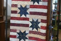 Patriotic Quilt of Valor / Saving favorites to make and donate to our brave warriors!