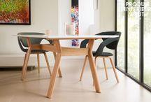Eléguance scandinave / Découvrez notre large choix de produits rétro de style scandinave tels que des tables à manger, tables d'appoint, canapés, fauteuils, chaises mais aussi des bureaux et des commodes pour un effet 100% nordique