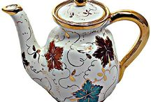 Coffee and Tea pots / by Diane Whitney