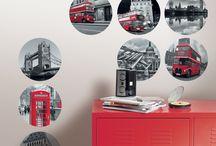 Collection : TRENDY STICKERS 2 / Mixez nos nouveaux stickers selon vos envies ! La collection Trendy Stickers joue avec tous les styles... Flashy, raffiné, fantaisie ou décalé, quel bonheur d'animer notre intérieur avec autant de facilité ! Nos stickers se prêtent à toutes les combinaisons pour créer des ambiances ludiques et colorées et dynamiser vos pièces !
