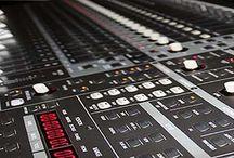 http://growinupstudios.com/ /  Estudios de Grabación,Producción Musical, Mezcla y Mastering Estudios de grabación profesionales. Producción musical y composición de todo tipo de música original para bandas sonoras para cualquier formato y medio, mezcla y mastering de discos, doblaje profesional con locutores nativos, efectos especiales, sound design.