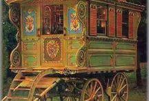 Gypsy Caravans / by Dru Nichols