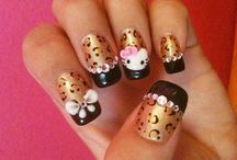 Artful Nails / by Brie Thompson