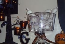 halloween decorations to make / by Jaime Collins Bickford