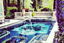 LUXE LOVE: pool