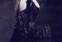 femme en noir