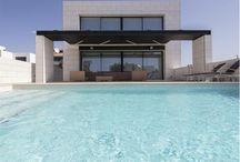Alojamientos con Piscina!!! / ¿A quién no le gusta tener piscina en su propia casa? Con el alquiler vacacional es posible! Pasa unos días en una impresionante casa con una piscina para ti y los tuyos
