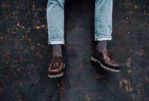 The Stripes - Red/Grey Socks / THE STRIPES – RED/GREY 11,99 €  Die The Stripes Socken in den Farben Maroon Rot und Grau überzeugen bei deinem Streetstyle Outfit. Bei hochgeschlagener Hose wirst du voller Stolz das prvke Logo auf deinem Fuß repräsentieren können.  Jedes Paar prvke Socken wurde in Italien produziert und besticht in gewohnter prvke Qualität. Die hochwertige Verarbeitung garantiert einen hohen Tragecomfort.  Unsere Socken sind mehr als nur Socken, du wirst dieses Gefühl lieben.