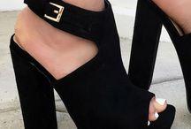 shoes & handbags 4ever