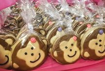 @Cookiesbykayli Birthday Cookies