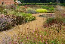 Natural style garden